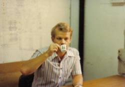 Drinkig coffee at office