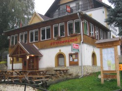 Accommodation at Panzio Vazsony Völgy in Nagyvazsony after 61.81 kms